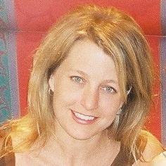 Kelley Kahn